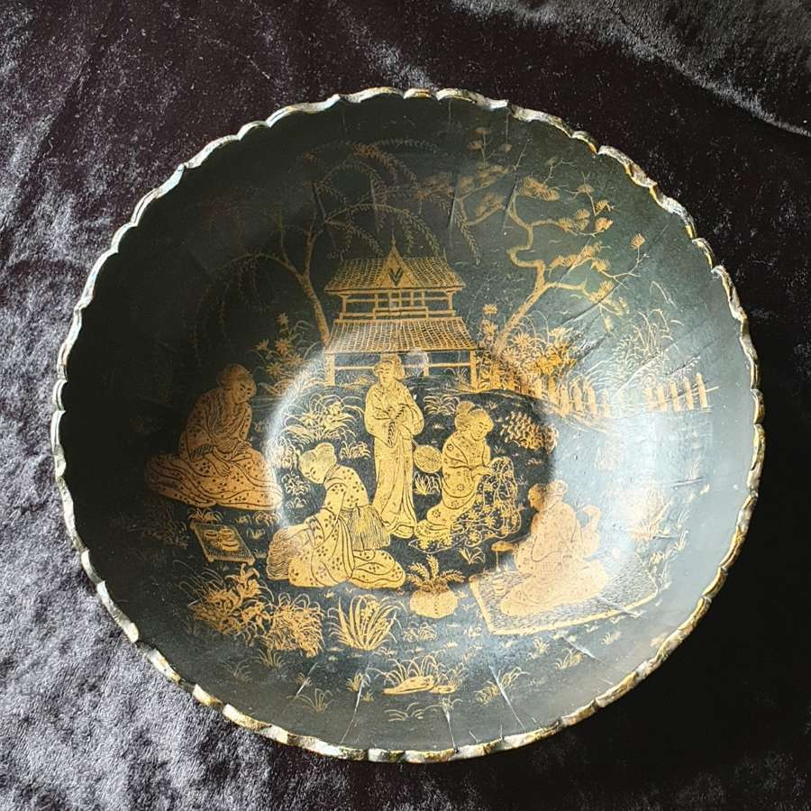 Victorian Papier Mache Shallow Dish with Chinoiserie Design