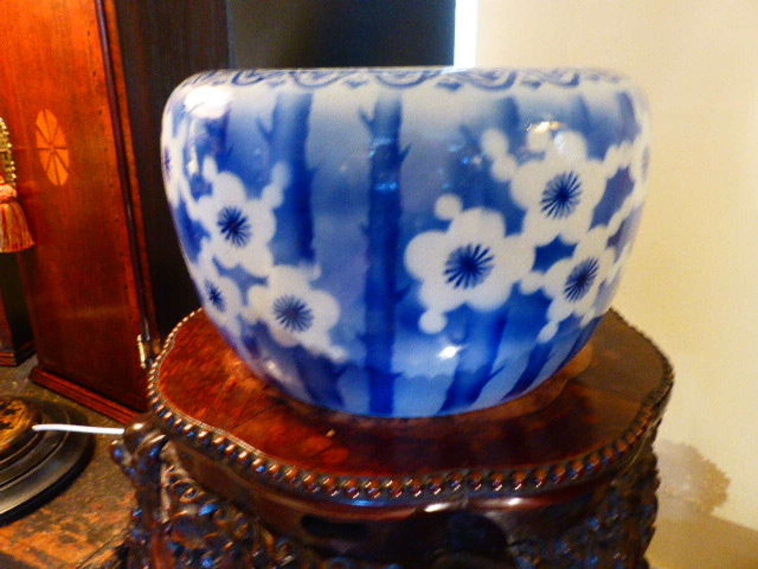 19th century Blue and White Jardiniere