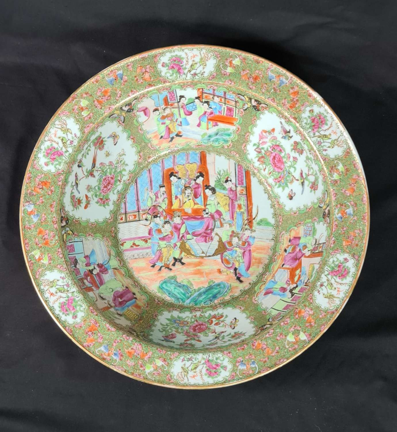 Huge Chinese Canton Famille Rose Bowl. 19th c.