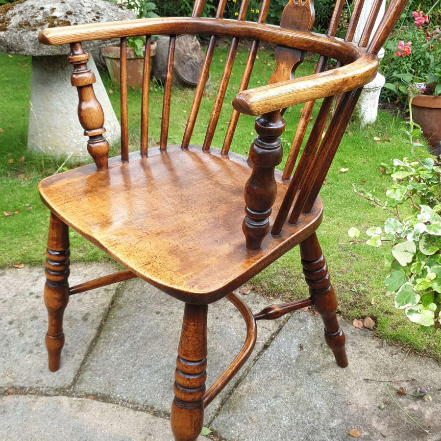 Early 19th Century George III Windsor Chair