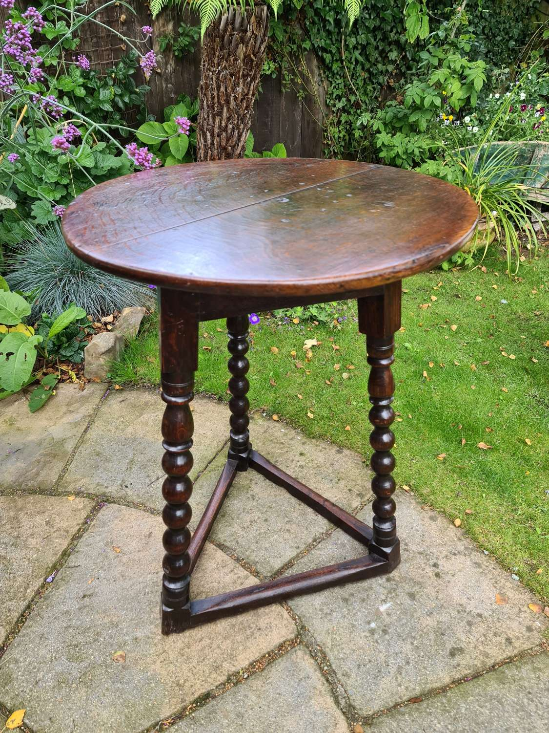 Outstanding Example of an 18th c. Oak Cricket Table