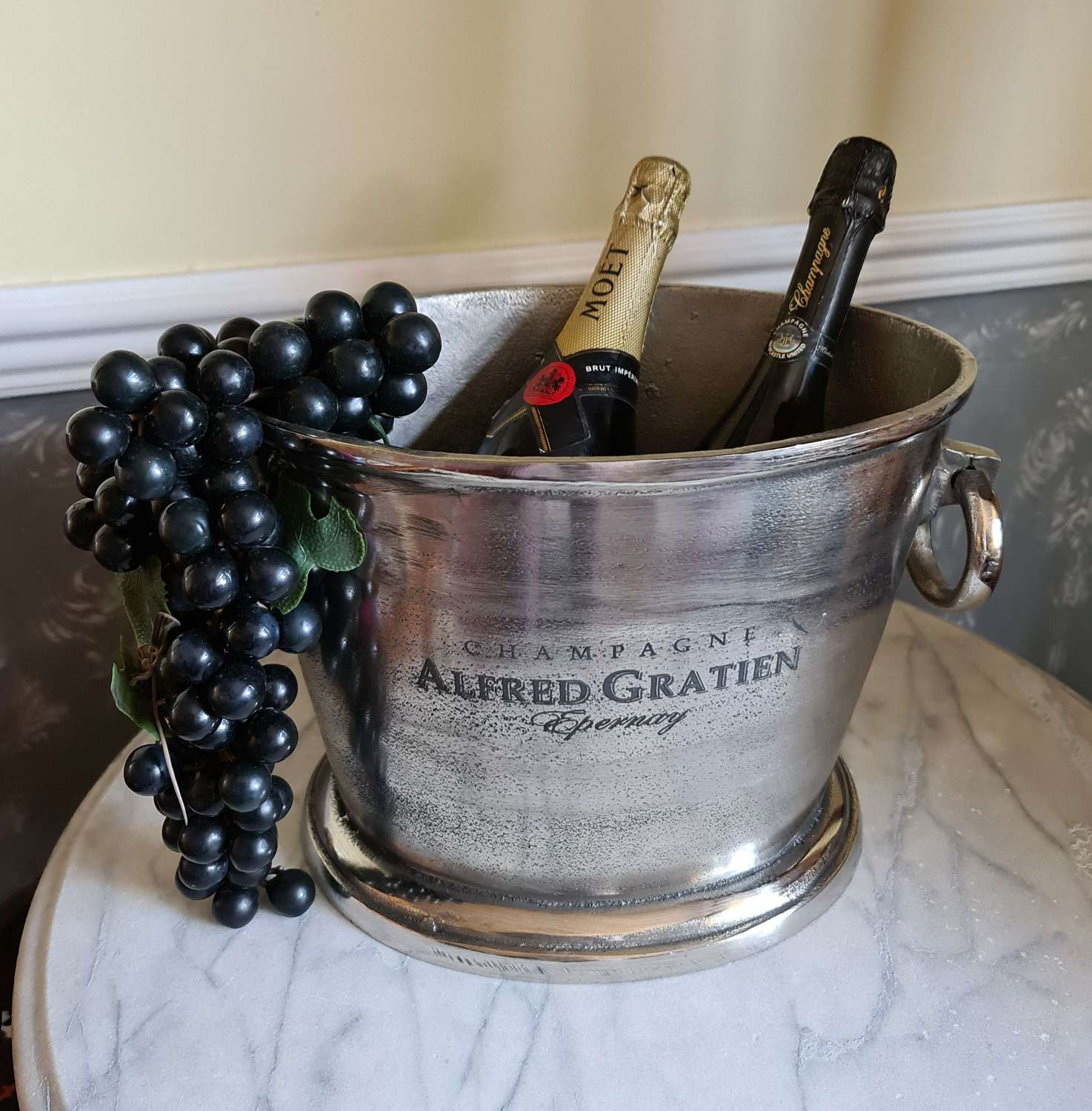 Fine Quality Heavy Cast Champagne Cooler