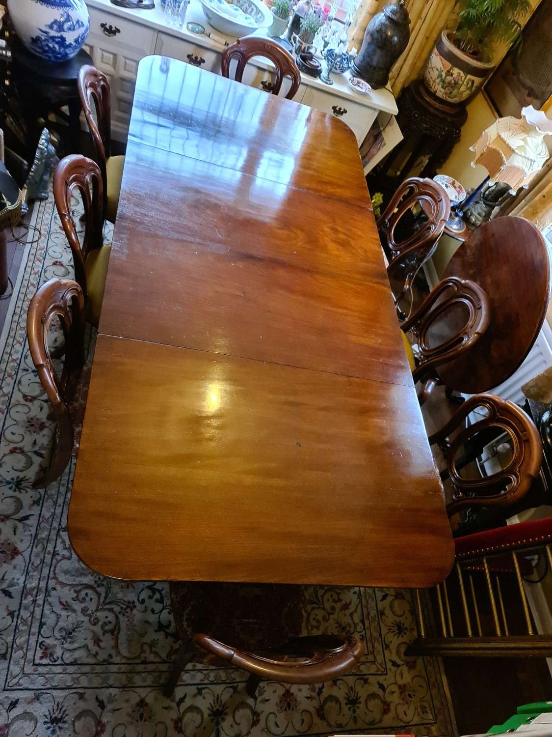 Fine Quality Regency Dining Table